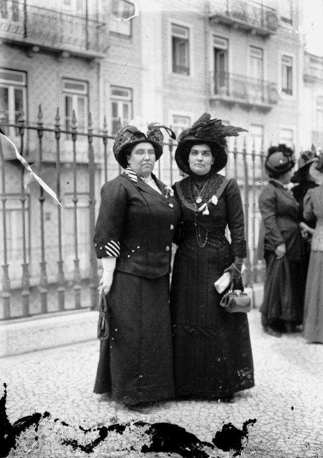 Carolina Beatriz Ângelo, natural da Guarda, médica e feminista portuguesa. Foi a primeira mulher a votar no país.