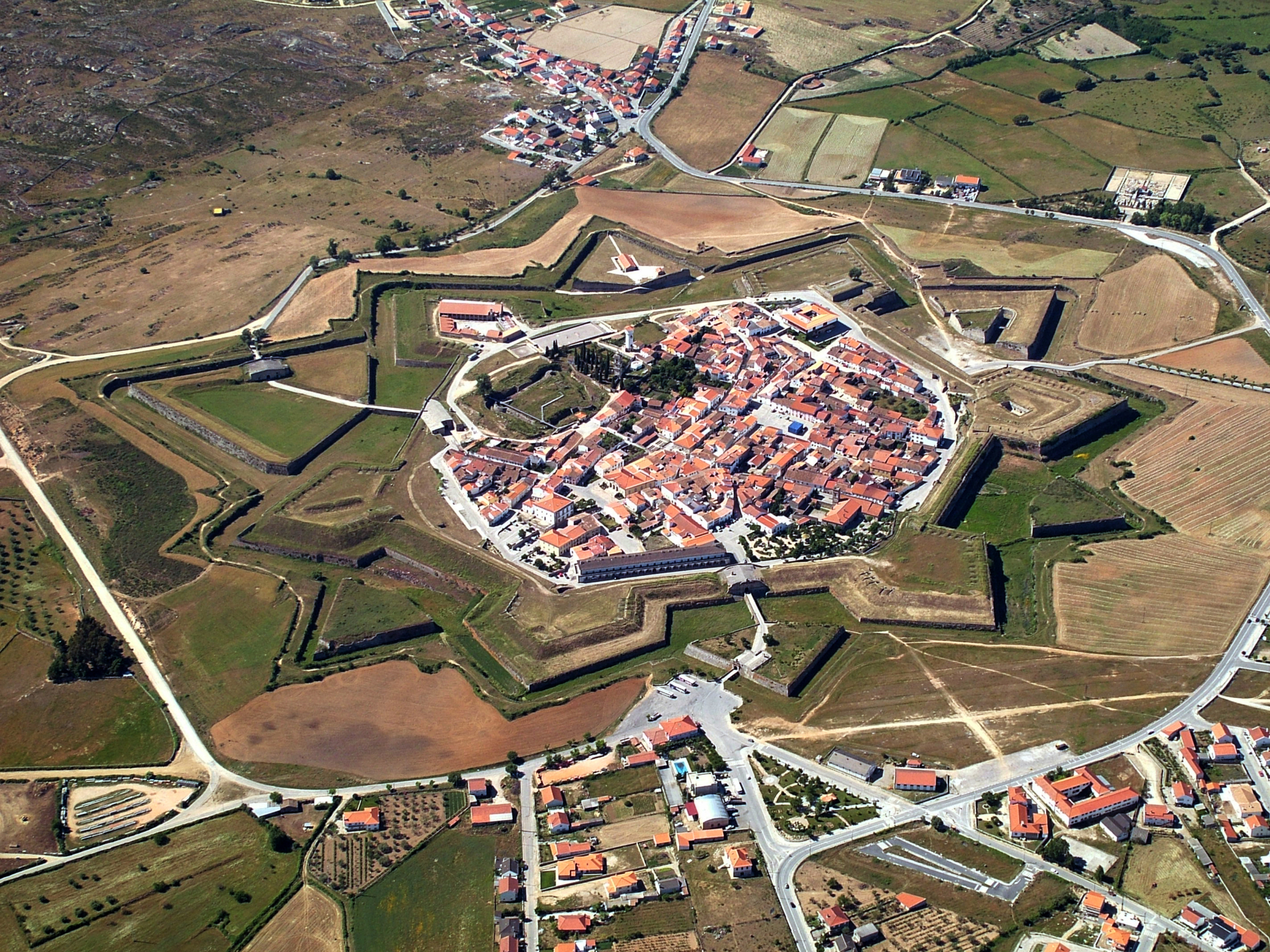 Resultado de imagem para almeida ,portugal