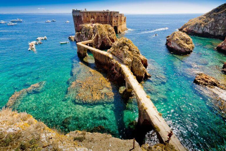 Forte de São João Baptista - Locais a Visitar na Região Centro do País