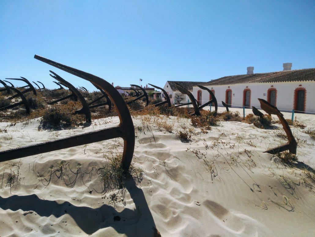 Cemitério das Âncoras - Praia do Barril